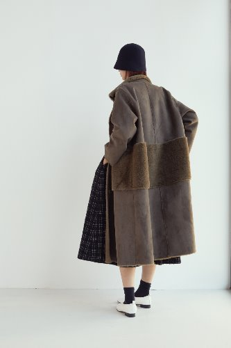 [2차 리오더]FAUX MOUTON LONG COAT(black/ khaki)